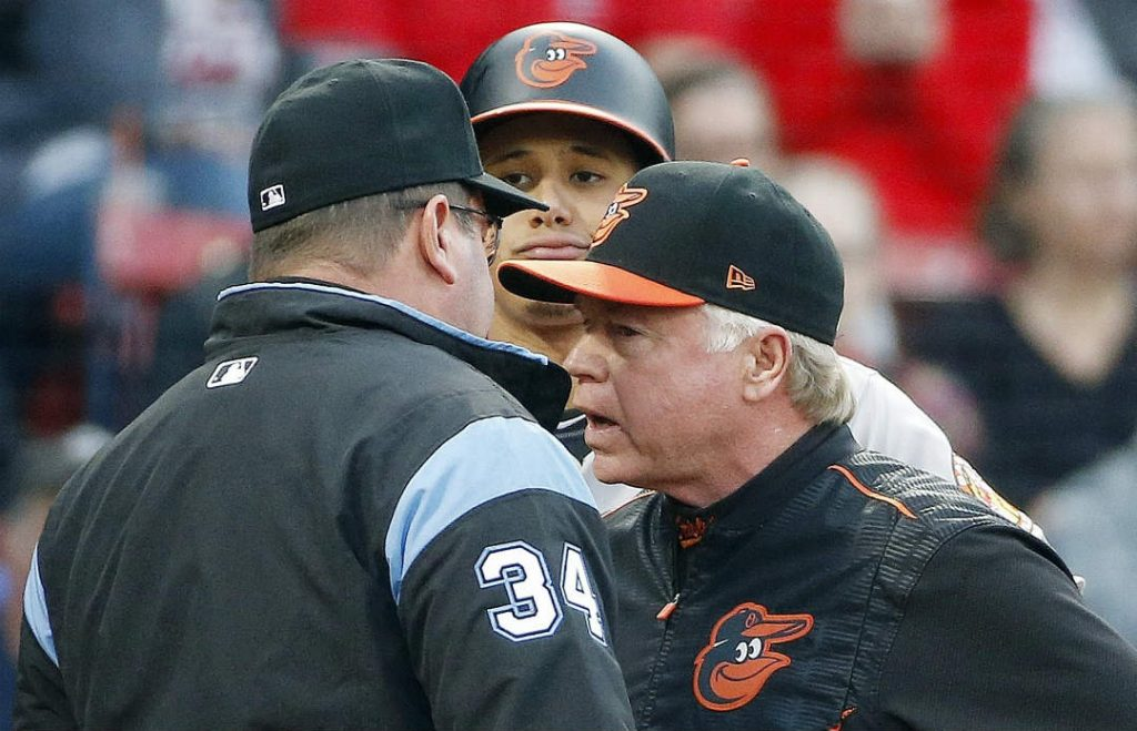 buck-showalter-manny-machado-orioles-vs-red-sox